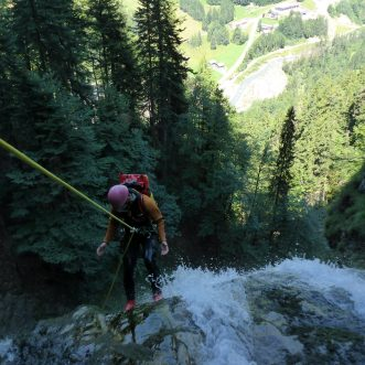 Top Canyoning Tour bei Camz